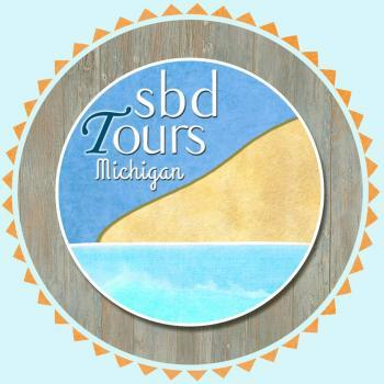 sbd Tours offers daily guided excursions in the Sleeping Bear Dunes Area