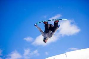 snowboarding at Hanson Hills Recreation in Grayling Michigan